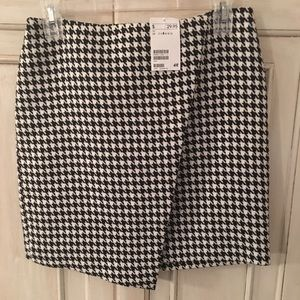 H&M houndstooth skirt